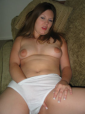 Sexchat Girl feucht im Slip